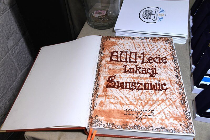 Ksiega Wpisów. Zakończenie obchodów 600-lecia lokacji Swoszowic w Muzeum Spraw Wojskowych