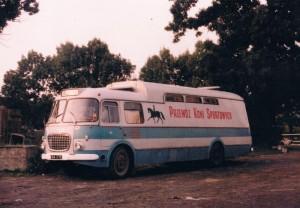 Pierwszy samochód do przewozu koni WLKS Krakus. Historia sekcji jeździeckiej klubu WLKS Krakus