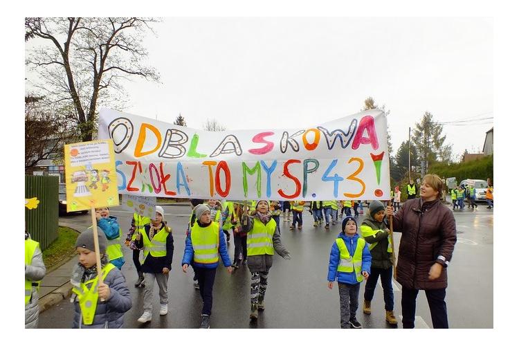 Odblaskowa Szkoła to my SP 43